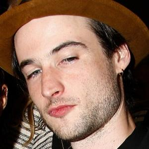 Tom Sturridge 1 of 5