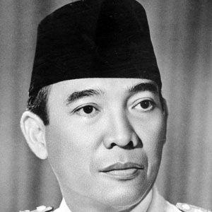 Sukarno 1 of 4