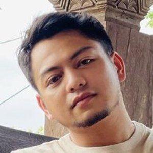 Raja Syahiran Headshot 1 of 7