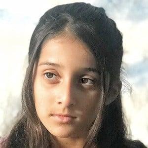 Alisha Syed Headshot 1 of 2