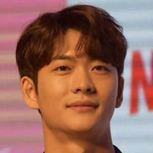 Kang Tae-oh Headshot