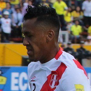 Renato Tapia Headshot