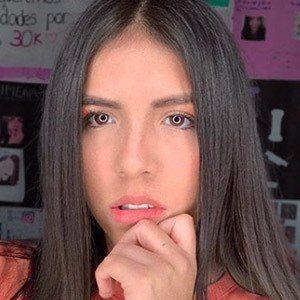 Ximena Tavera 1 of 5