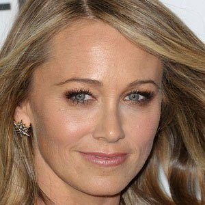 Christine Taylor 1 of 4