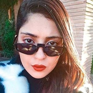 Safia Tazi 1 of 5