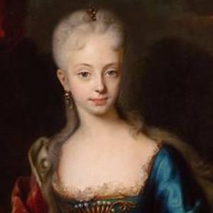 Maria Theresa Headshot