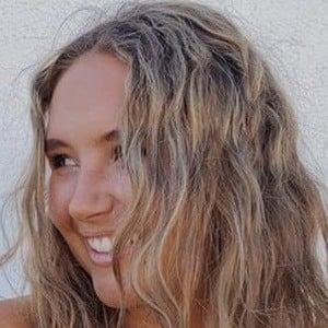 Erin Thumann 1 of 6