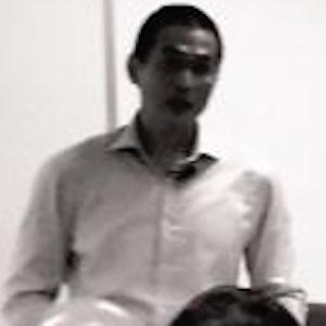 Thum Ping Tjin Headshot