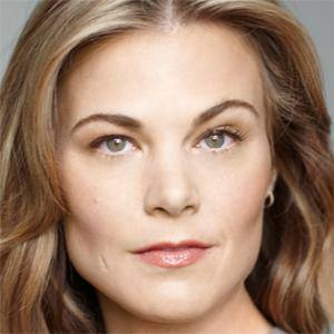 Gina Tognoni 1 of 5