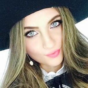 Paola Torres Headshot