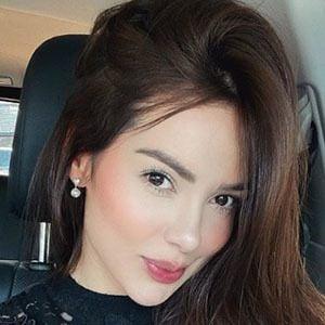 Paola Triana 1 of 5