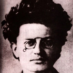 Leon Trotsky 1 of 4