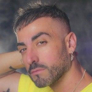 Iván Troyano 1 of 3