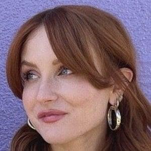 Caroline Tucker 1 of 3