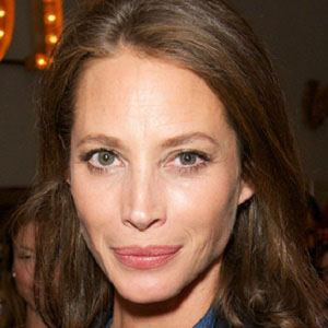Christy Turlington 1 of 5