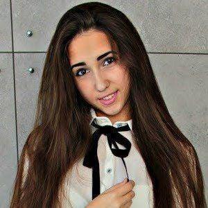 Natalia Uszok 1 of 2