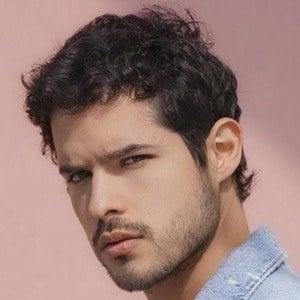 Andrés Vílchez 1 of 10
