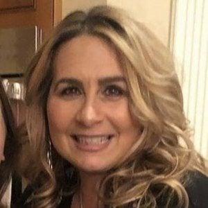 Lisa Valastro 1 of 6