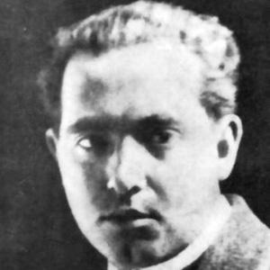 Abraham Valdelomar Headshot