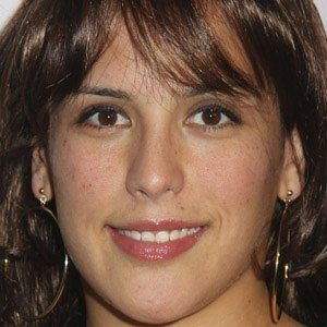 Angelica Vale 1 of 4