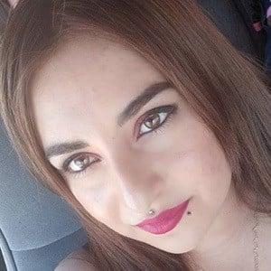 Yesenia Valenzuela 1 of 5