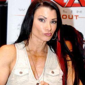 Lisa Marie Varon 1 of 3