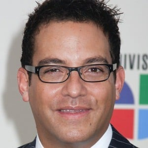 Juan Fernando Velasco Headshot