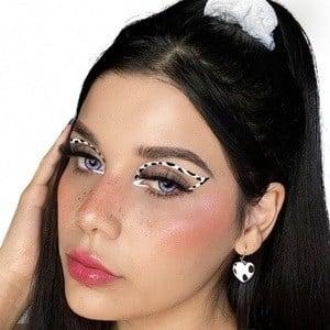 Ileana Velazquez Headshot 1 of 10