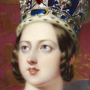 Reina Victoria 1 of 5