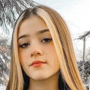 Fernanda Villalobos 1 of 6