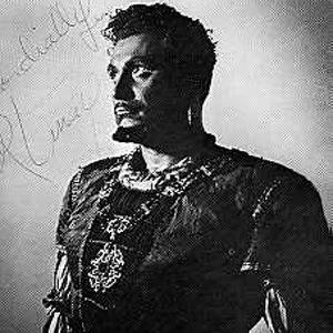Ramón Vinay Headshot