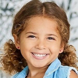 Aurelia Taylor 1 of 5