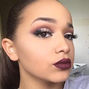 Khadijah Warren 1 of 6