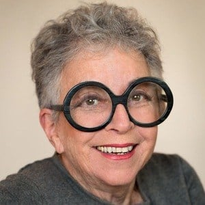 Sylvia Weinstock Headshot
