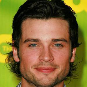 Tom Welling 1 of 8