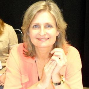 Cathy Weseluck Headshot