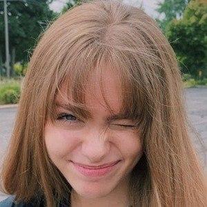 Annika Westra 1 of 5