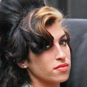 Amy Winehouse 1 of 10