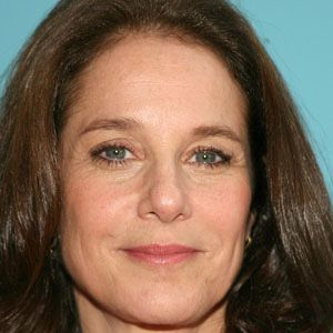 Debra Winger 1 of 8