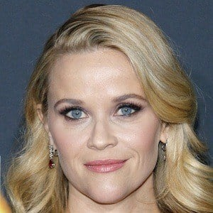 Reese Witherspoon 1 of 10