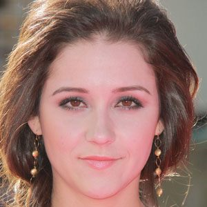 Shannon Woodward 1 of 10