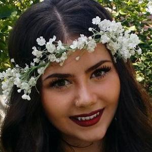 Brenna Yaeger Headshot