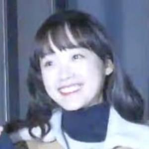 Lee Yoo-mi Headshot