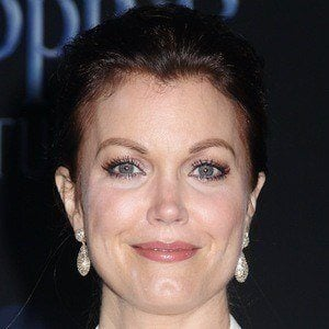 Bellamy Young 1 of 10