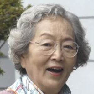 Kim Young-ok Headshot