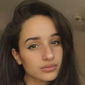 Dounya Zayer Headshot 1 of 10