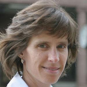 Dawn Zimmer Headshot