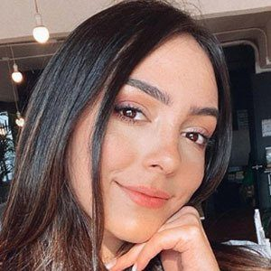 Vanessa Suárez Headshot 1 of 5