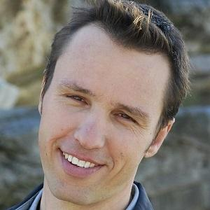 Markus Zusak Headshot 1 of 2