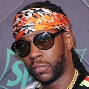 2 Chainz 5 of 10